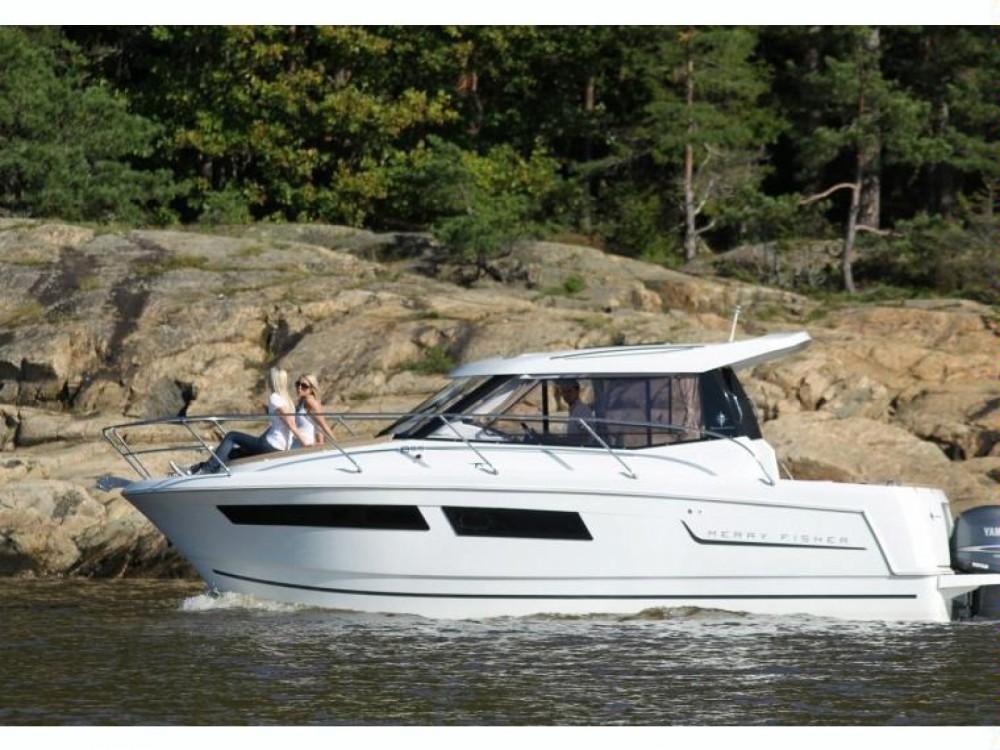 Boat rental Nieuwpoort cheap merry fisher 855*
