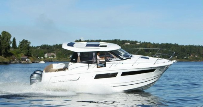 Jeanneau Merry Fisher 855 between personal and professional Nieuwpoort-Bad