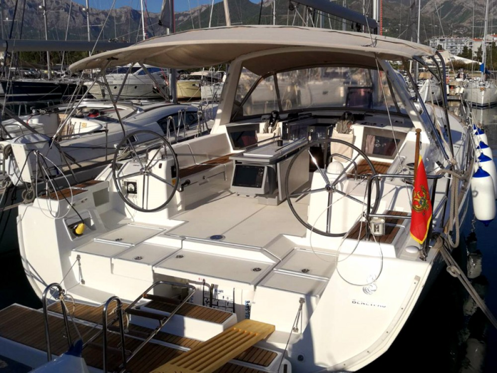 Bénéteau Oceanis 45 between personal and professional Herceg Novi