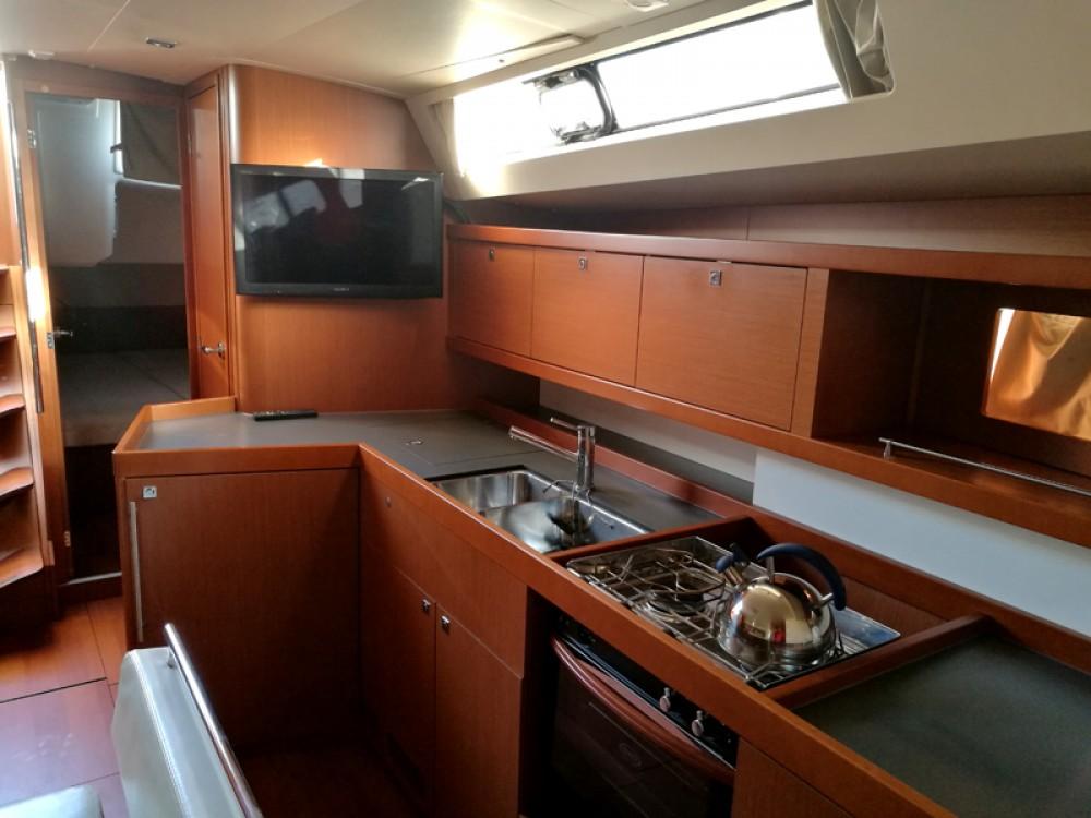 Rental Sailboat in Herceg Novi - Bénéteau Oceanis 45