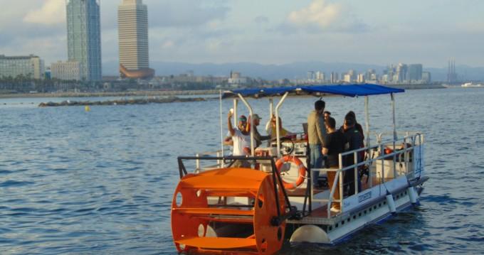 Rental Motorboat in Barcelona - Eventium DYG Pedal Cruiser