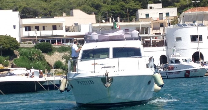 Boat rental Ferretti Altura 36 Fly in Gallipoli on Samboat