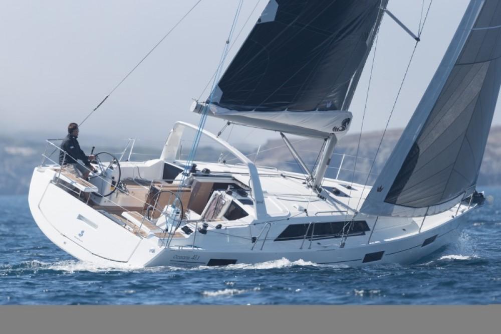 Rental yacht Arzon - Bénéteau Oceanis 41.1 on SamBoat