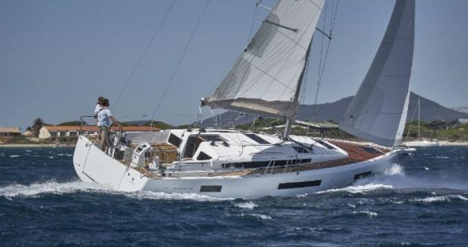 Boat rental Port du Crouesty cheap Sun Odyssey 440