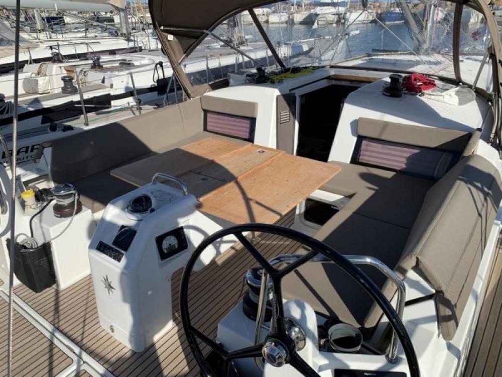 Rental Sailboat in Arzon - Jeanneau Sun Odyssey 440