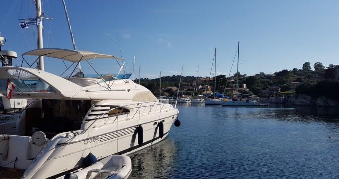 Motorboat for rent Lefkas Egremni at the best price