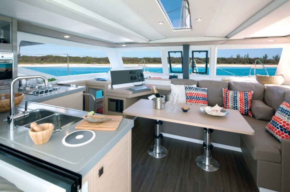 Rental yacht Arzon - Fountaine Pajot Lucia 40 on SamBoat