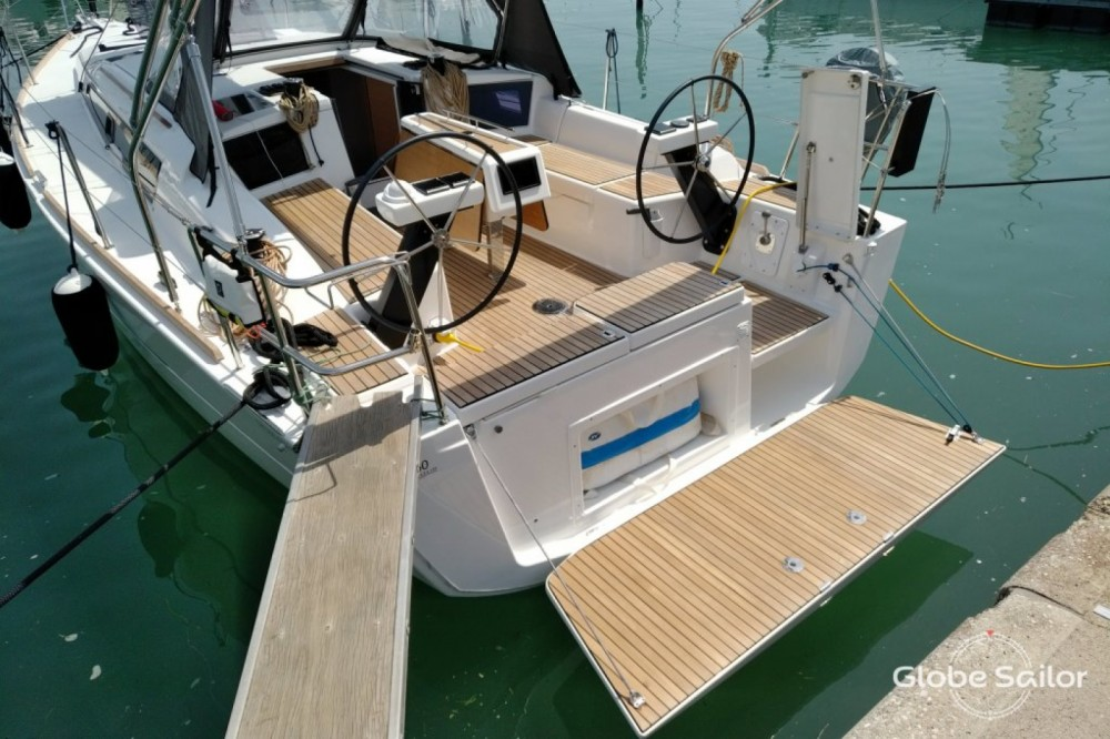 Boat rental Dufour Dufour 360 Grand Large in Sant Antoni de Portmany on Samboat
