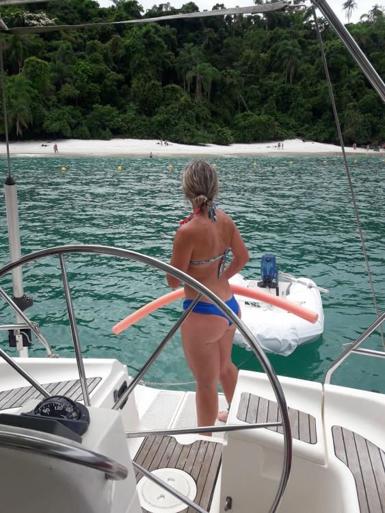 Boat rental Bavaria Bavaria 46 Exclusive in Angra dos Reis on Samboat