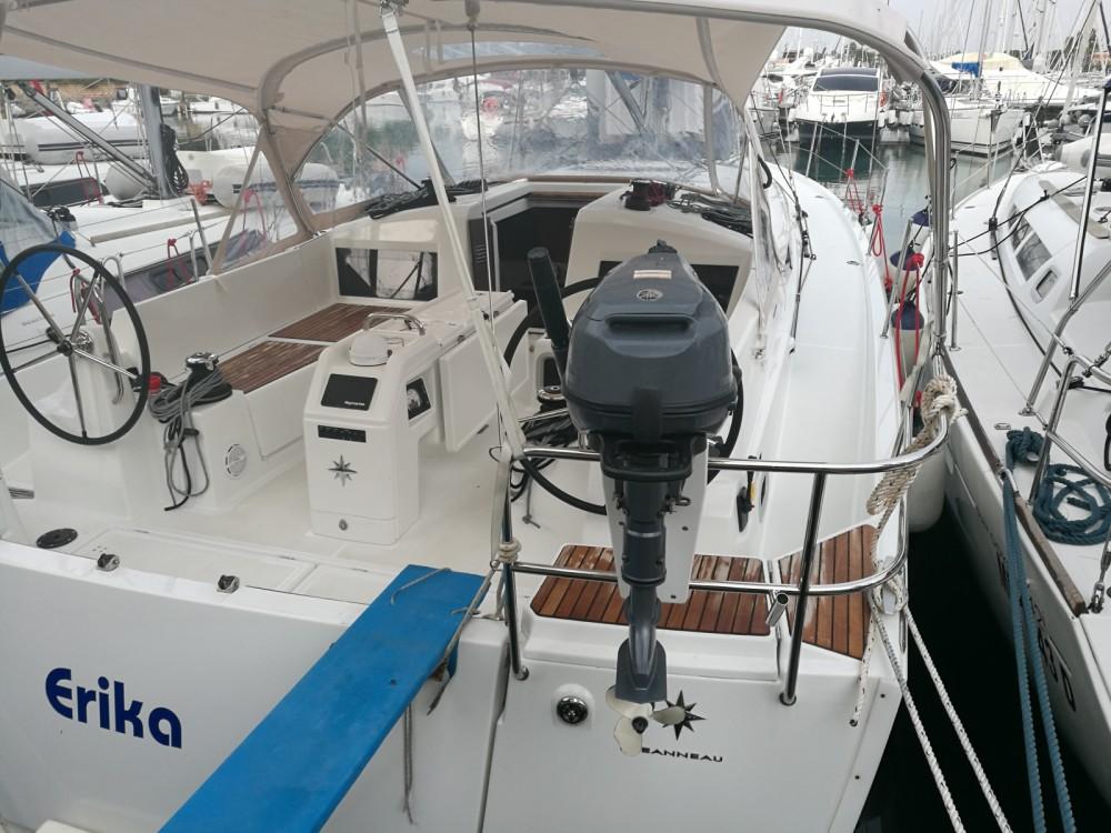 Rental Sailboat in Furnari - Jeanneau Sun Odyssey 440