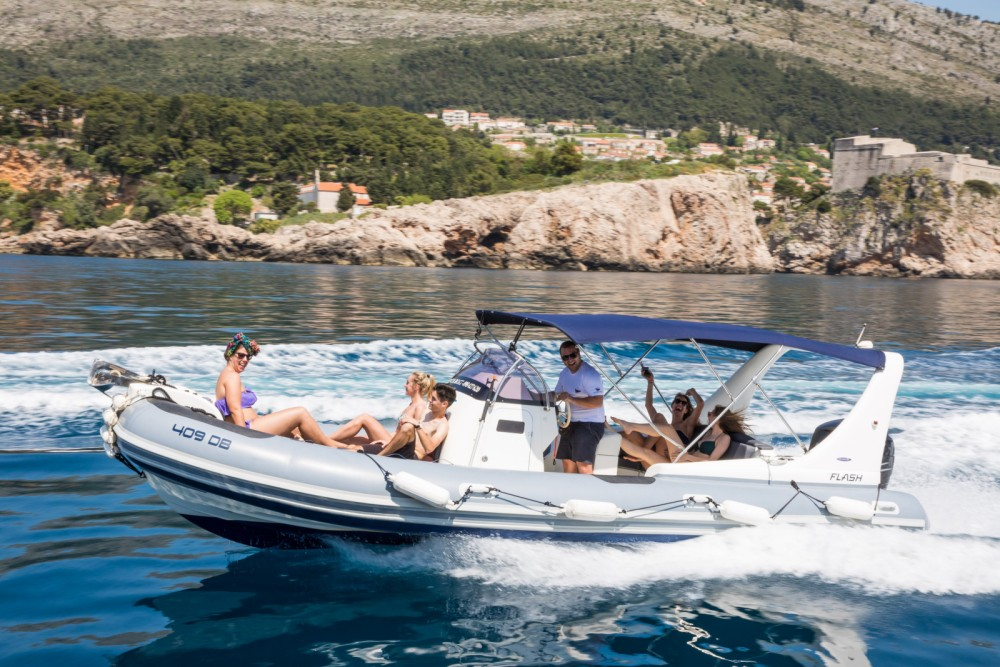 Rental yacht Dubrovnik - Zodiac 409 DB on SamBoat