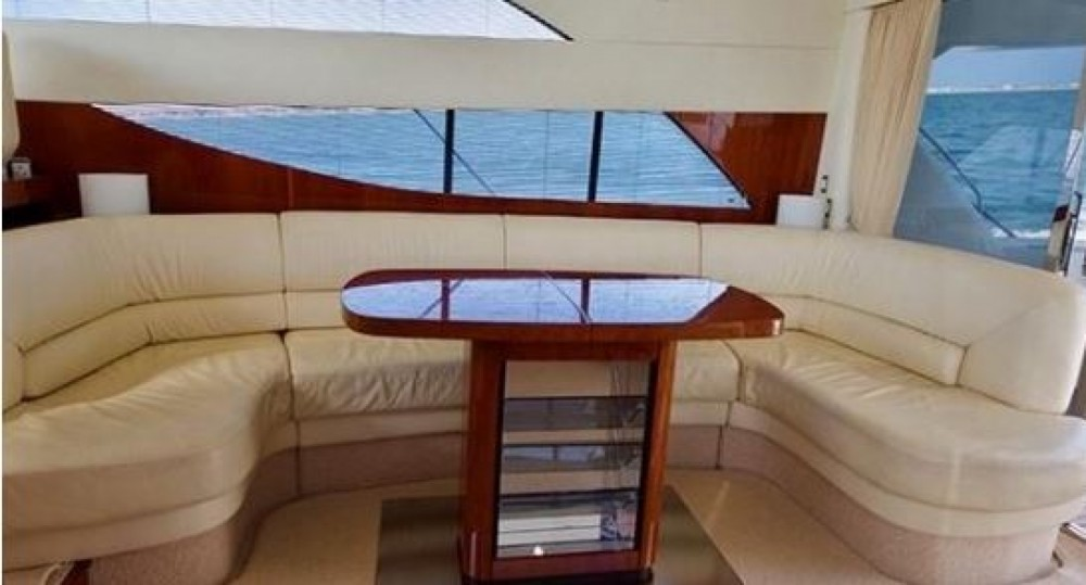 Fairline Fairline 50 Fly between personal and professional Tourlos
