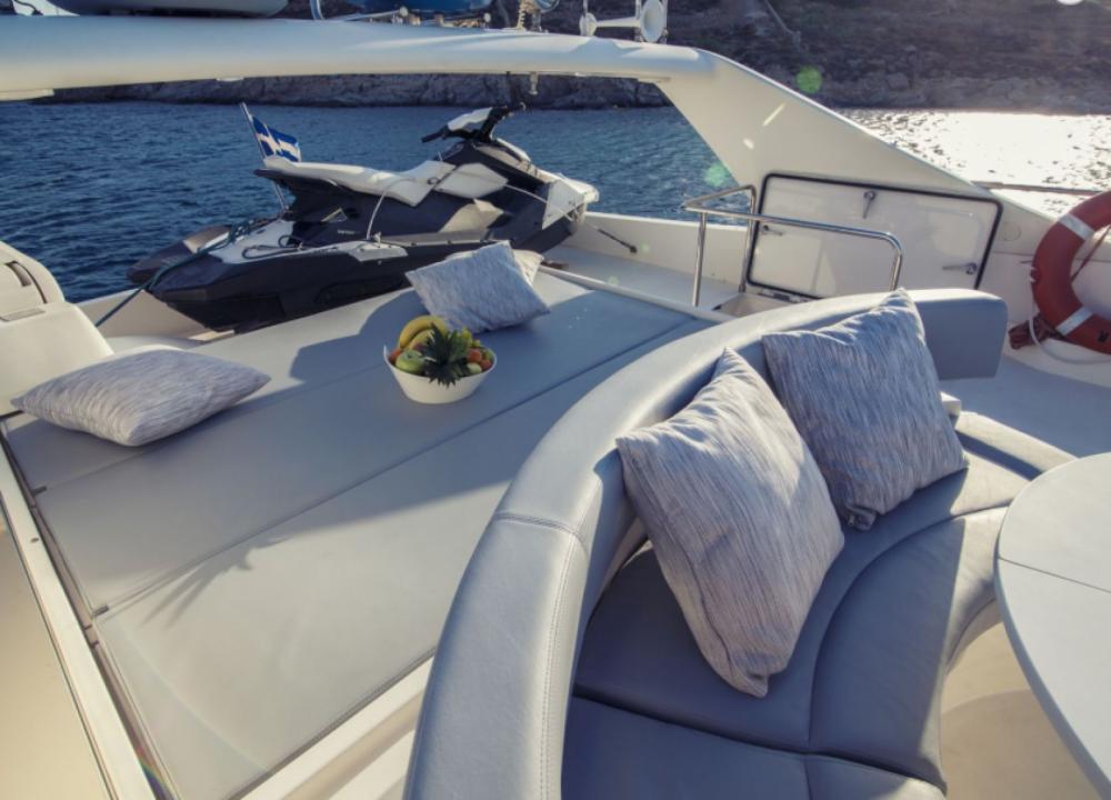 Boat rental Tourlos cheap 68 flybridge
