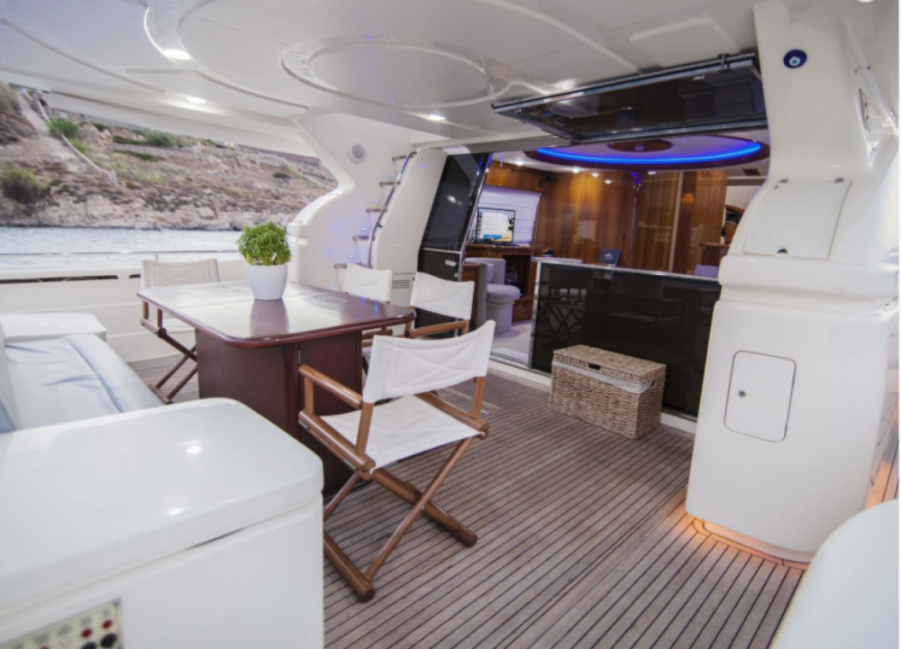 Hire Yacht with or without skipper Ferretti Tourlos