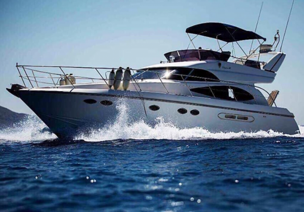 Rental Yacht in Tourlos - Dyna  48 feet Flybridge