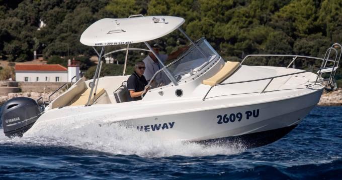 Boat rental Blueway Blueway 20 SD-C in Pula on Samboat