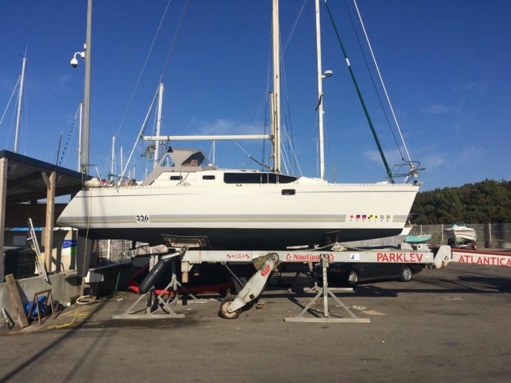Boat rental La Rochelle cheap Feeling 326