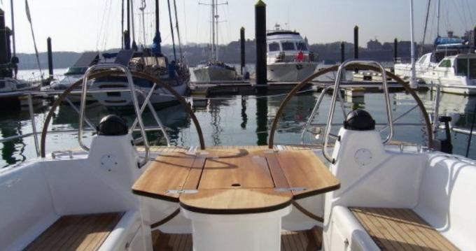 Boat rental Bavaria 42 feet in Tourlos on Samboat