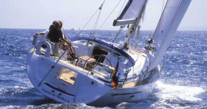 Bavaria 42 feet between personal and professional Tourlos