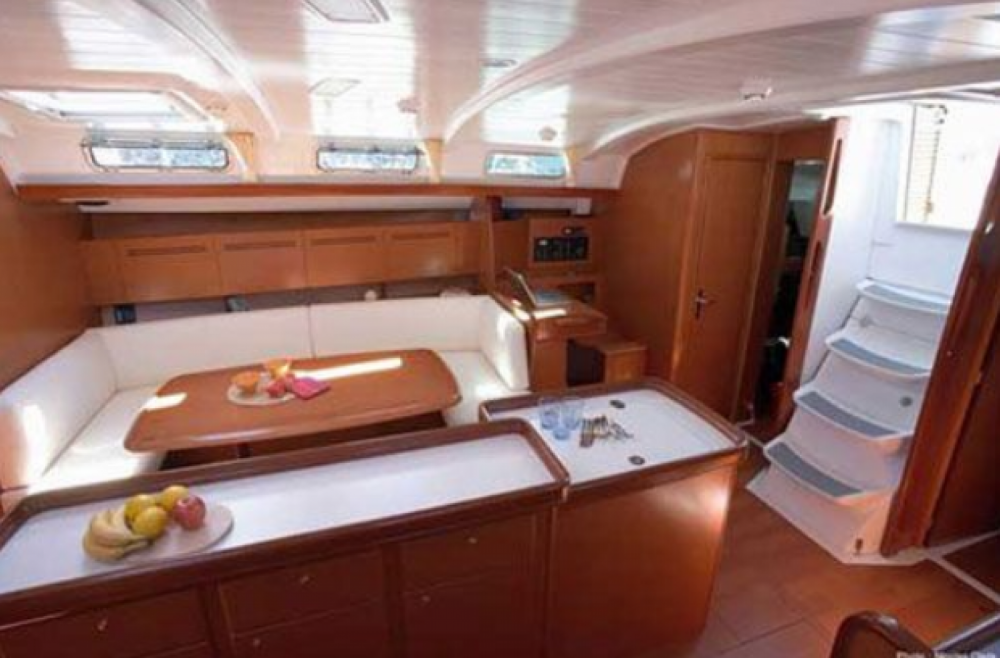 Rental Sailboat in Tourlos - Bénéteau Cyclades 50.5
