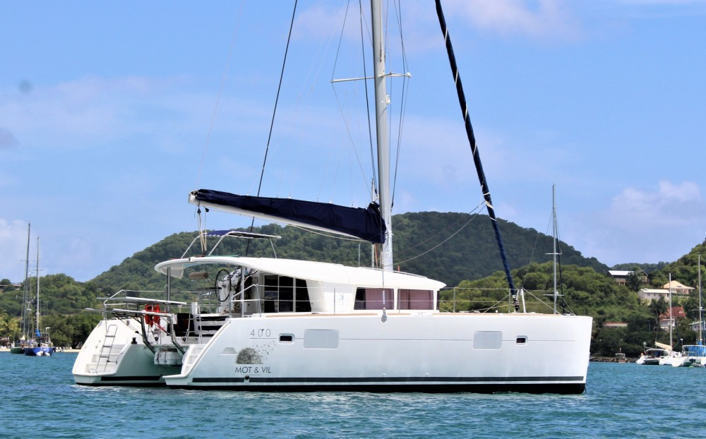 Hire Catamaran with or without skipper Lagoon Guadeloupe