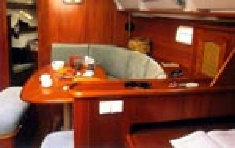 Rental Sailboat in Rosignano Marittimo - Bénéteau Oceanis 38.1
