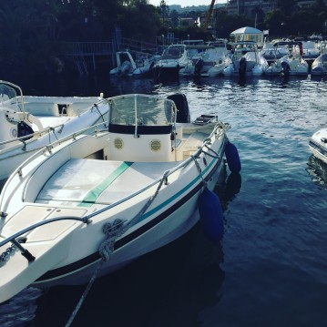 Rental Motorboat Rio with a permit
