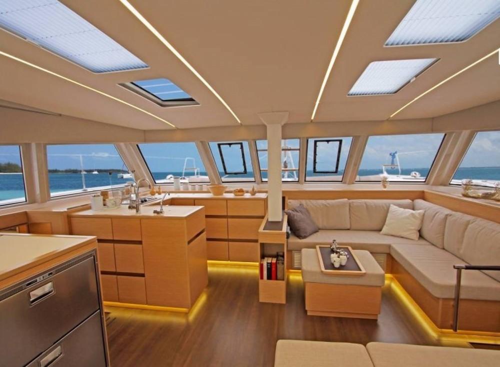 Rental Catamaran in Martinique - Nautitech Nautitech 46