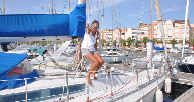 Boat rental Jeanneau Melody in Palavas-les-Flots on Samboat