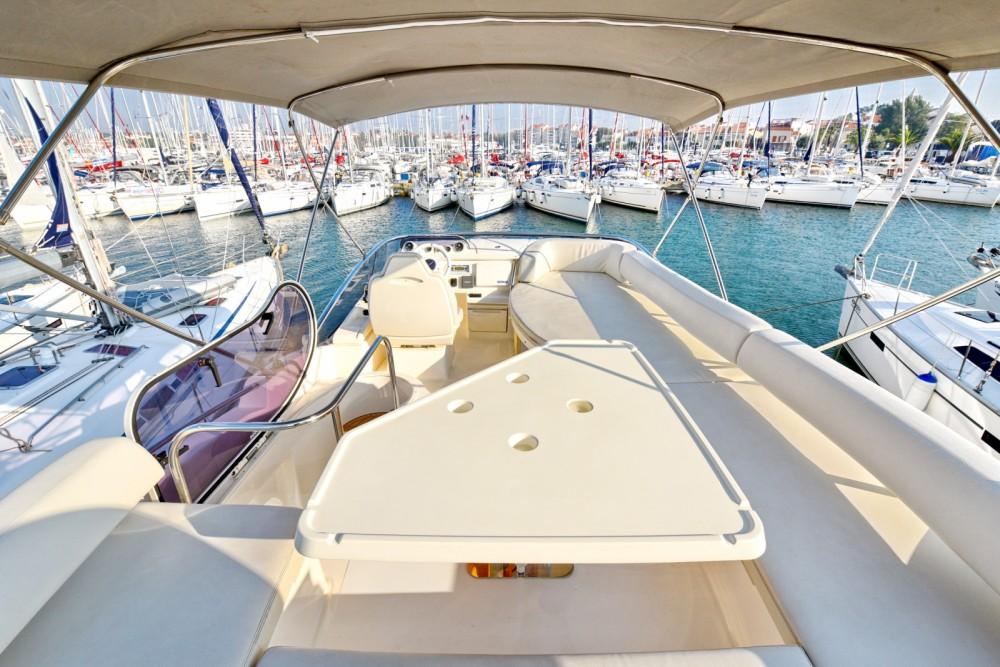 Rental Motor boat in Dubrovnik - Azimut Azimut 43 Fly