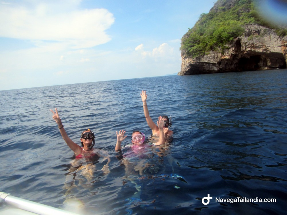 Rent a Catamaran Leopard 384 Phuket