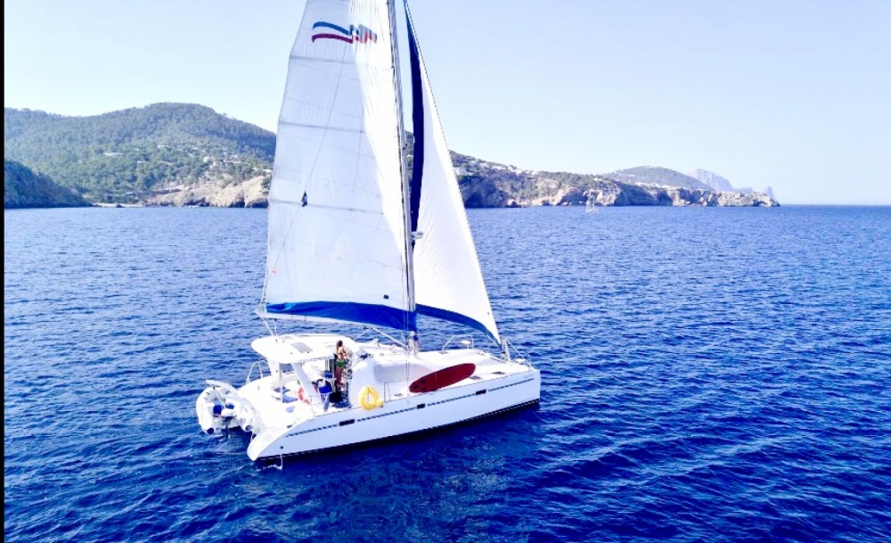 Hire Catamaran with or without skipper Robertson and Caine Balearic Islands