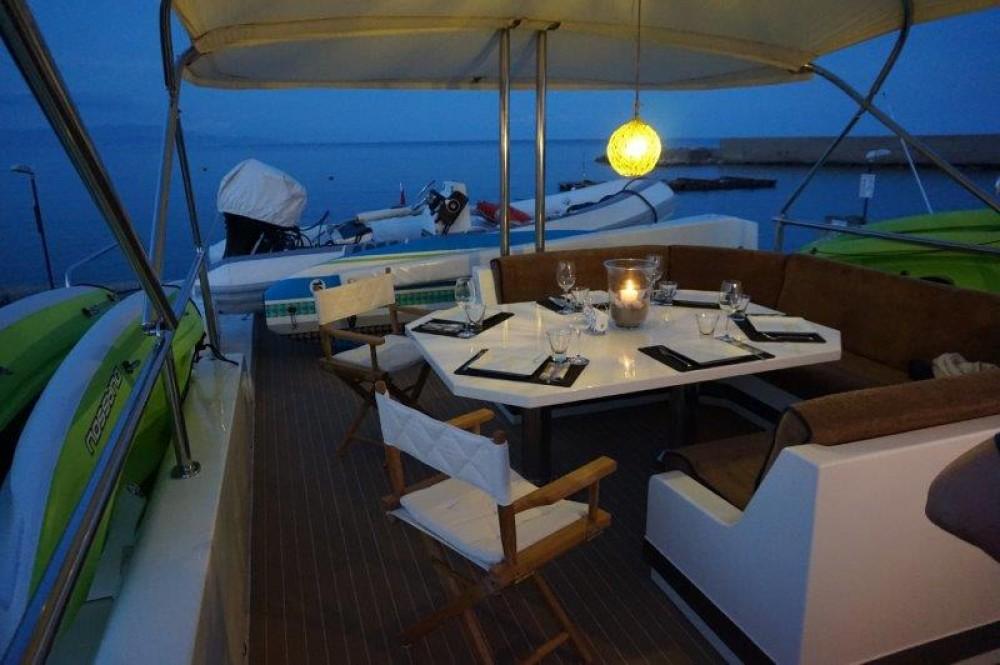 Rental Yacht in Castellammare di Stabia - Versilcraft PHANTOM 80