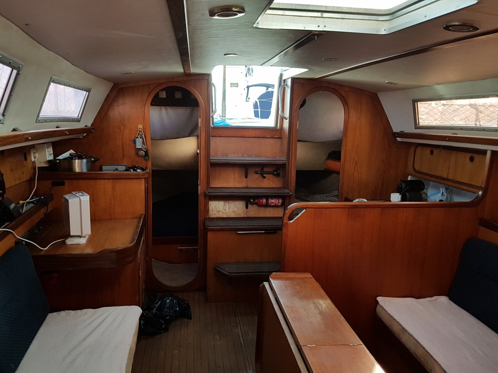 Hire Sailboat with or without skipper Gibert Marine Toulon