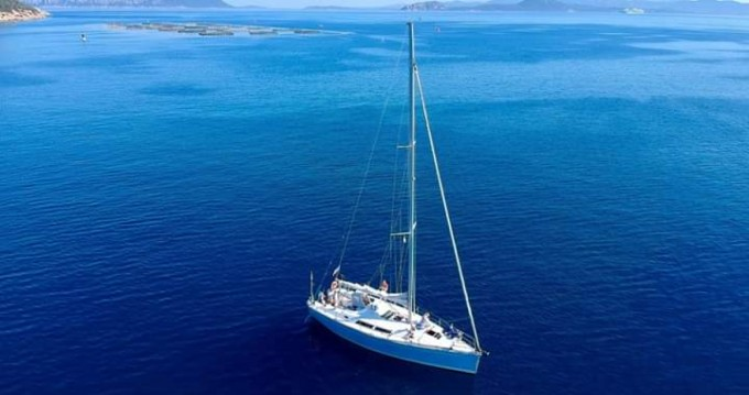 Sailboat for rent Golfo Aranci at the best price