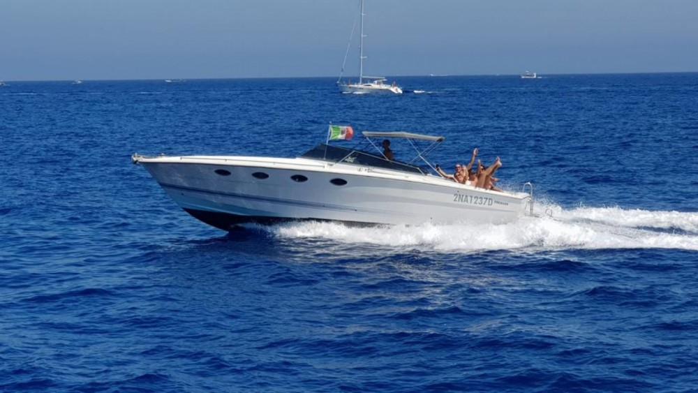 Hire Motor boat with or without skipper Tornado