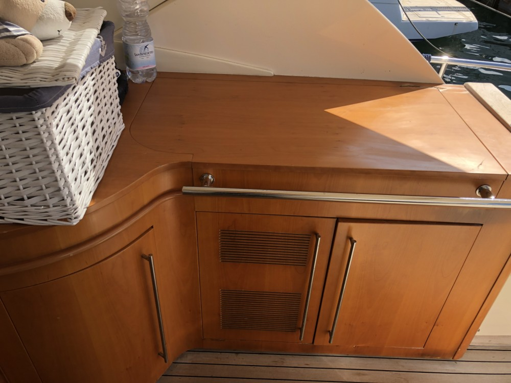 Boat rental Cayman Cayman 58 ht walk araound in Castellammare di Stabia on Samboat