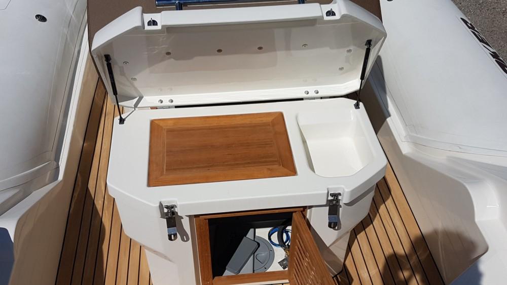 Boat rental Hyères cheap Clubman 24