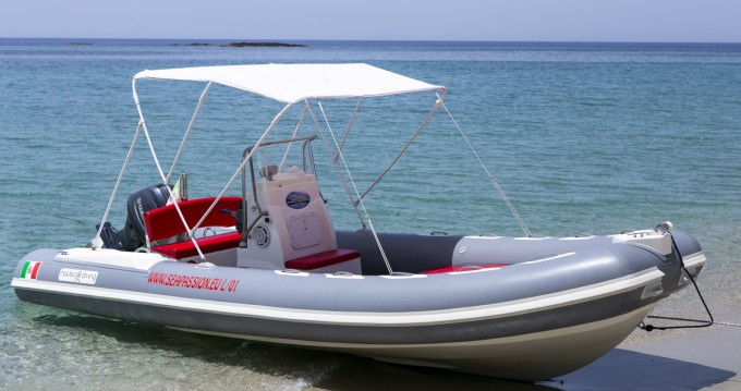Hire RIB with or without skipper Nautica Diving Formicoli