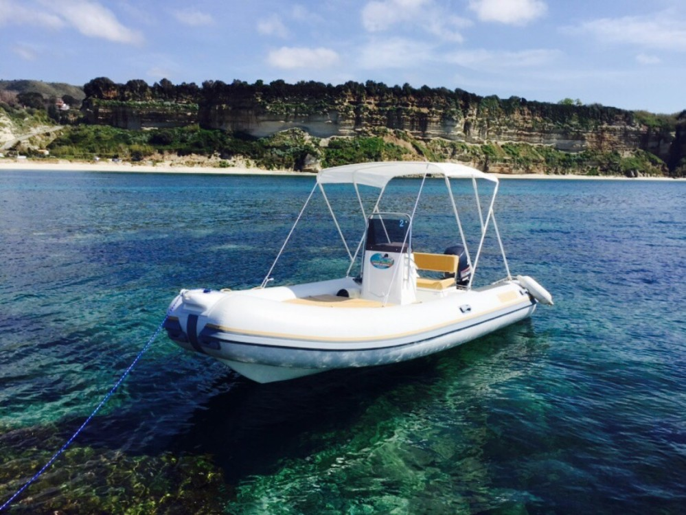 Rental RIB in Ricadi - Nautica Diving ND 5.3