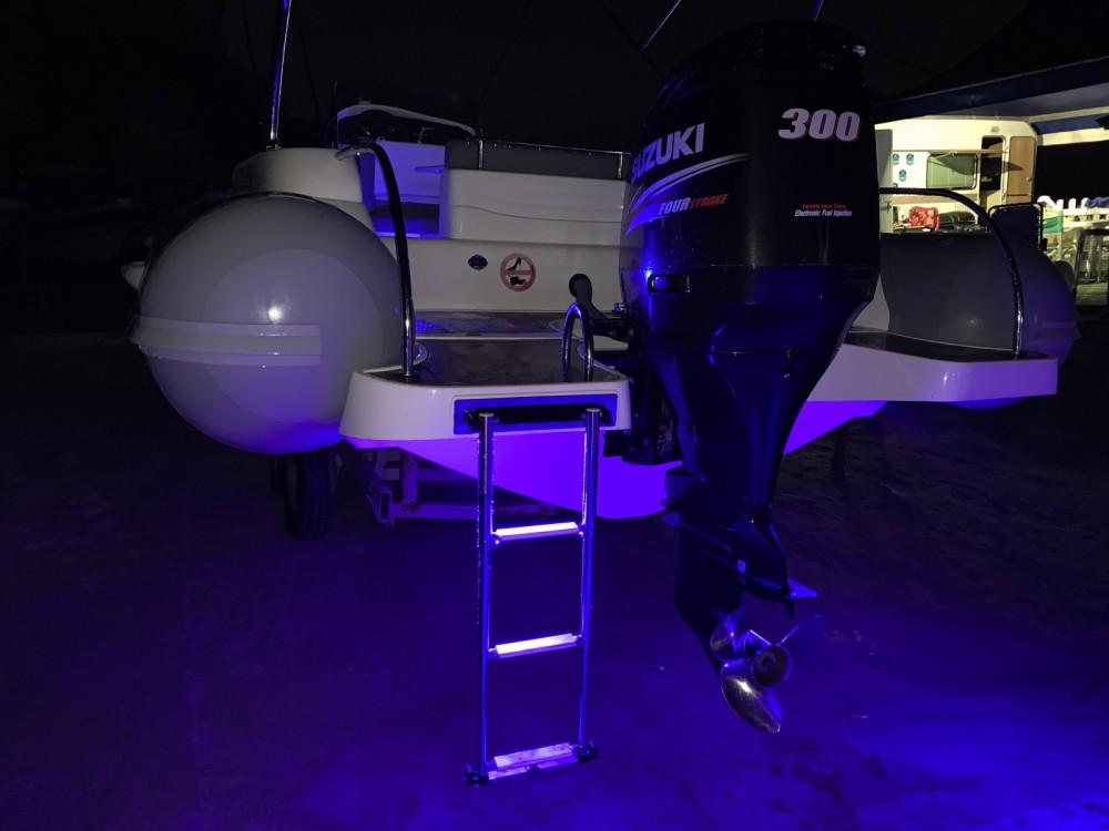 Rent a Nautica Diving MAESTRALE 8,20 MT Ricadi