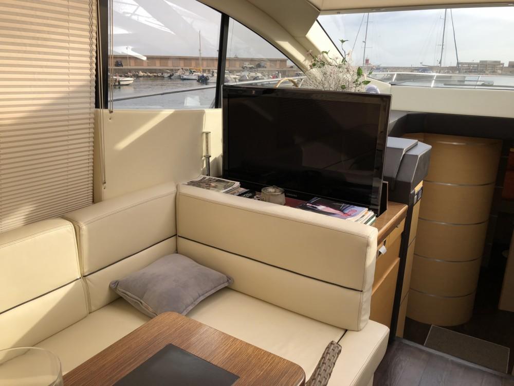 Rental Yacht Blumartin  with a permit