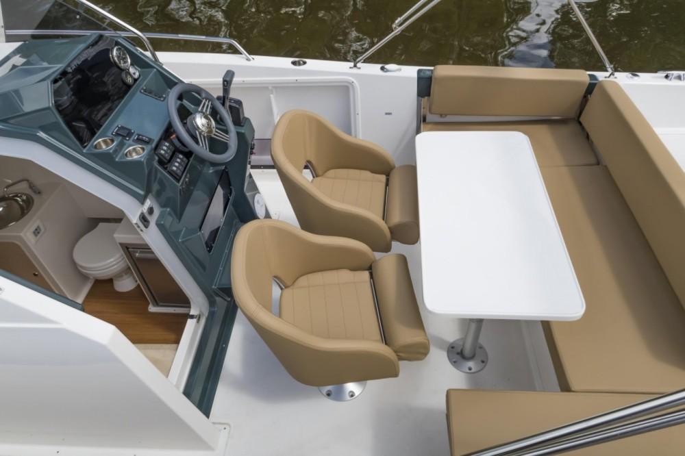 Boat rental Grad Zadar cheap 730 Sun Cruiser