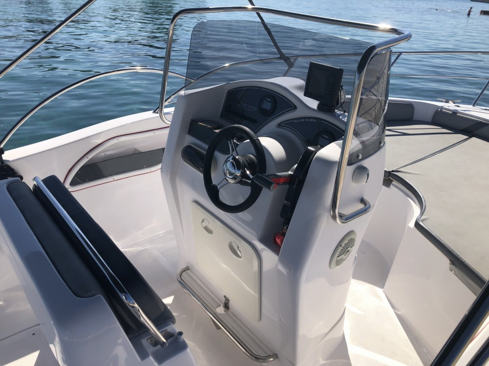 Hire Motor boat with or without skipper Bluline Zadar