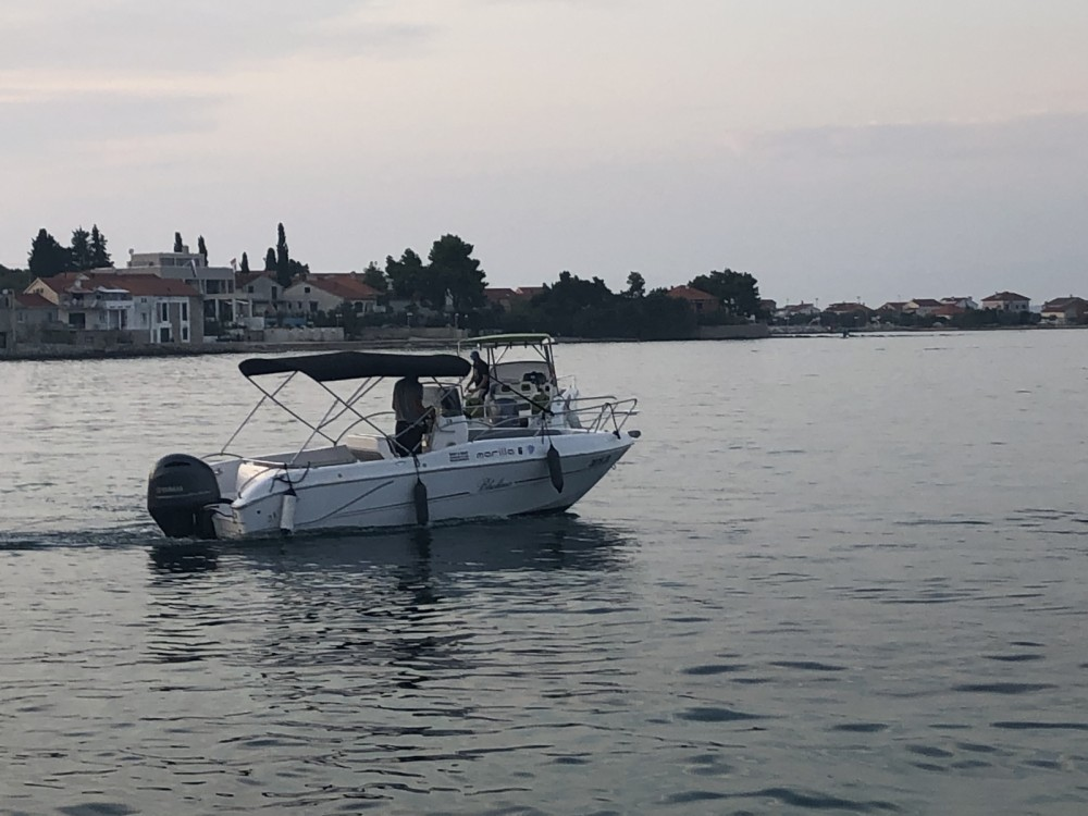 Rental Motorboat in Grad Zadar - Bluline 21 Open