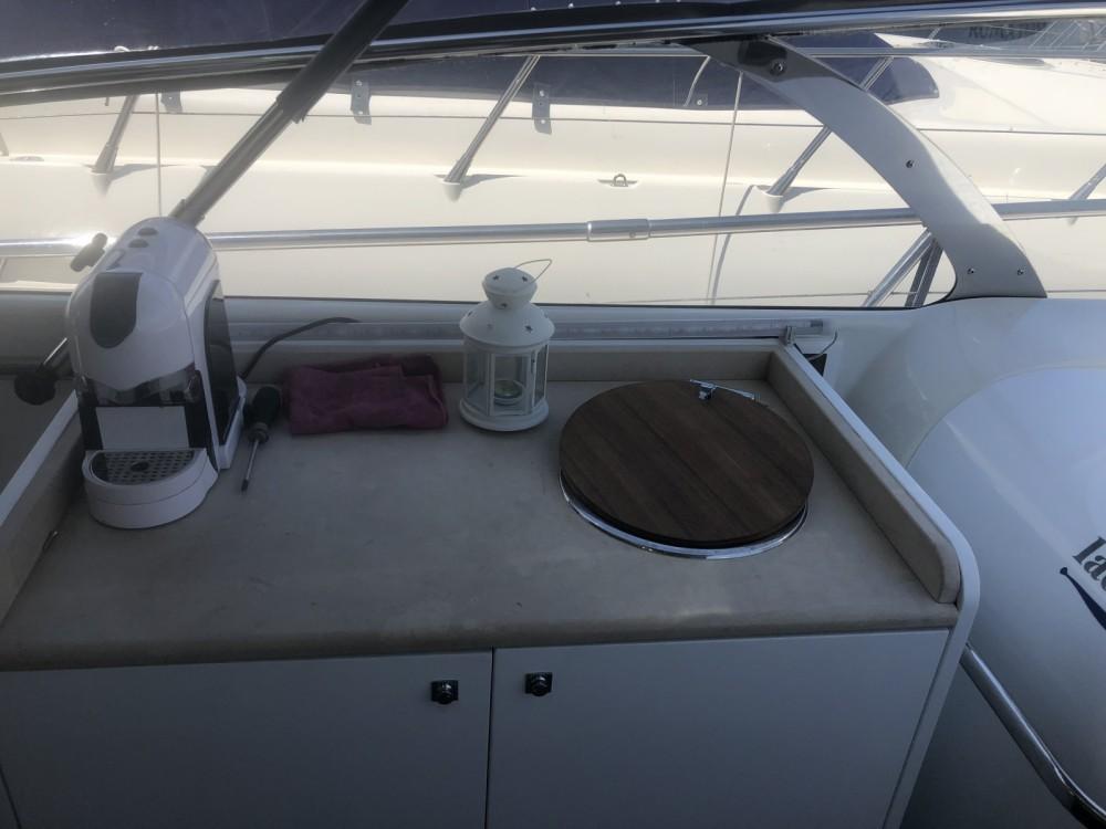 Boat rental Airon-Marine 425 in Terracina on Samboat