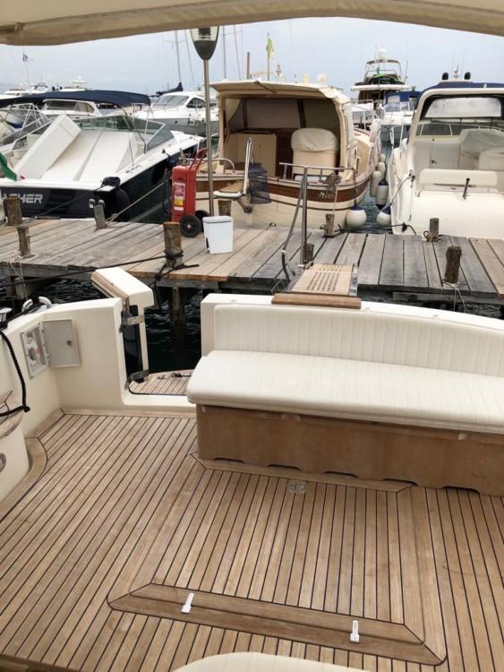 Rental Yacht in San Felice Circeo - Cantieri Estensi Gold star 44