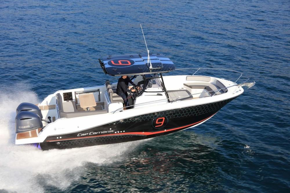 Rental yacht  - Jeanneau Cap Camarat 9.0 CC on SamBoat