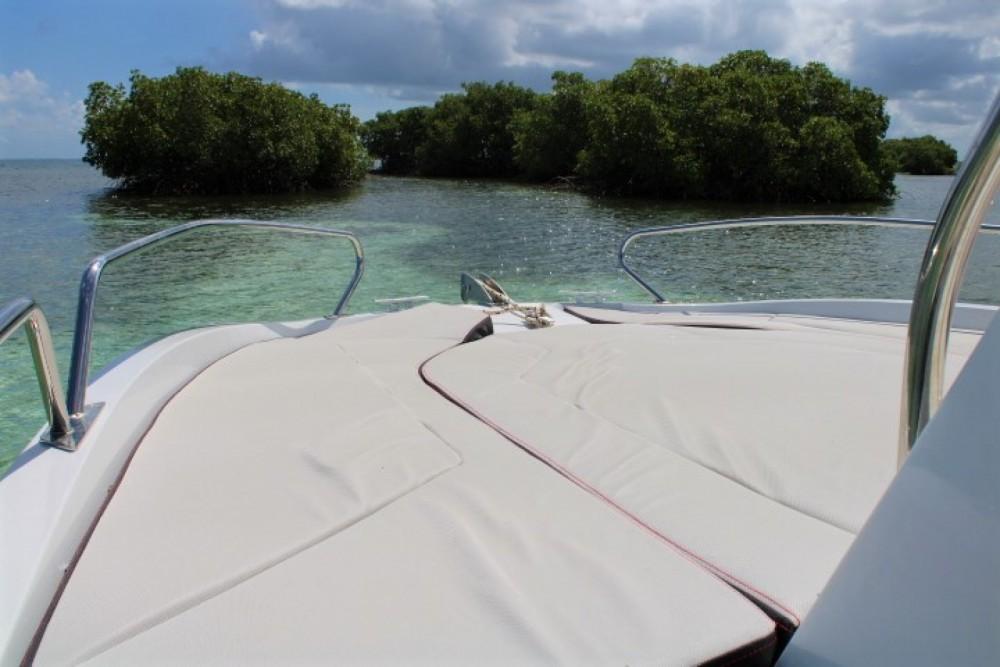 Boat rental Bénéteau flyer 6.6 Sundeck in Pointe-à-Pitre on Samboat