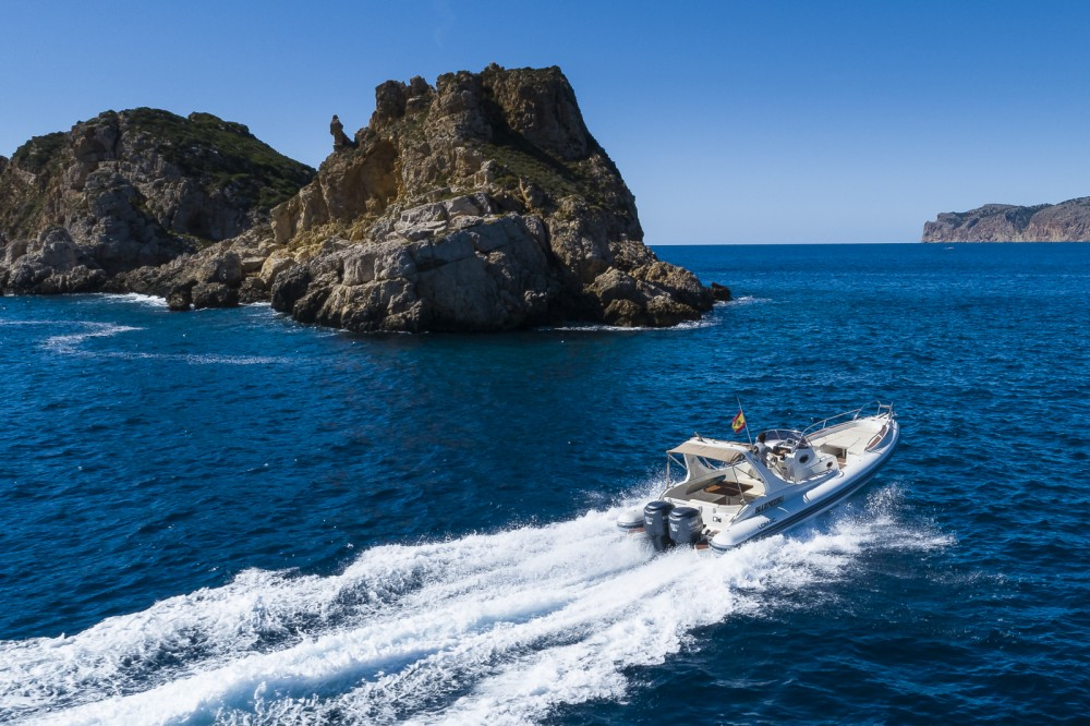 Boat rental Palma cheap Lomac 1000 IN